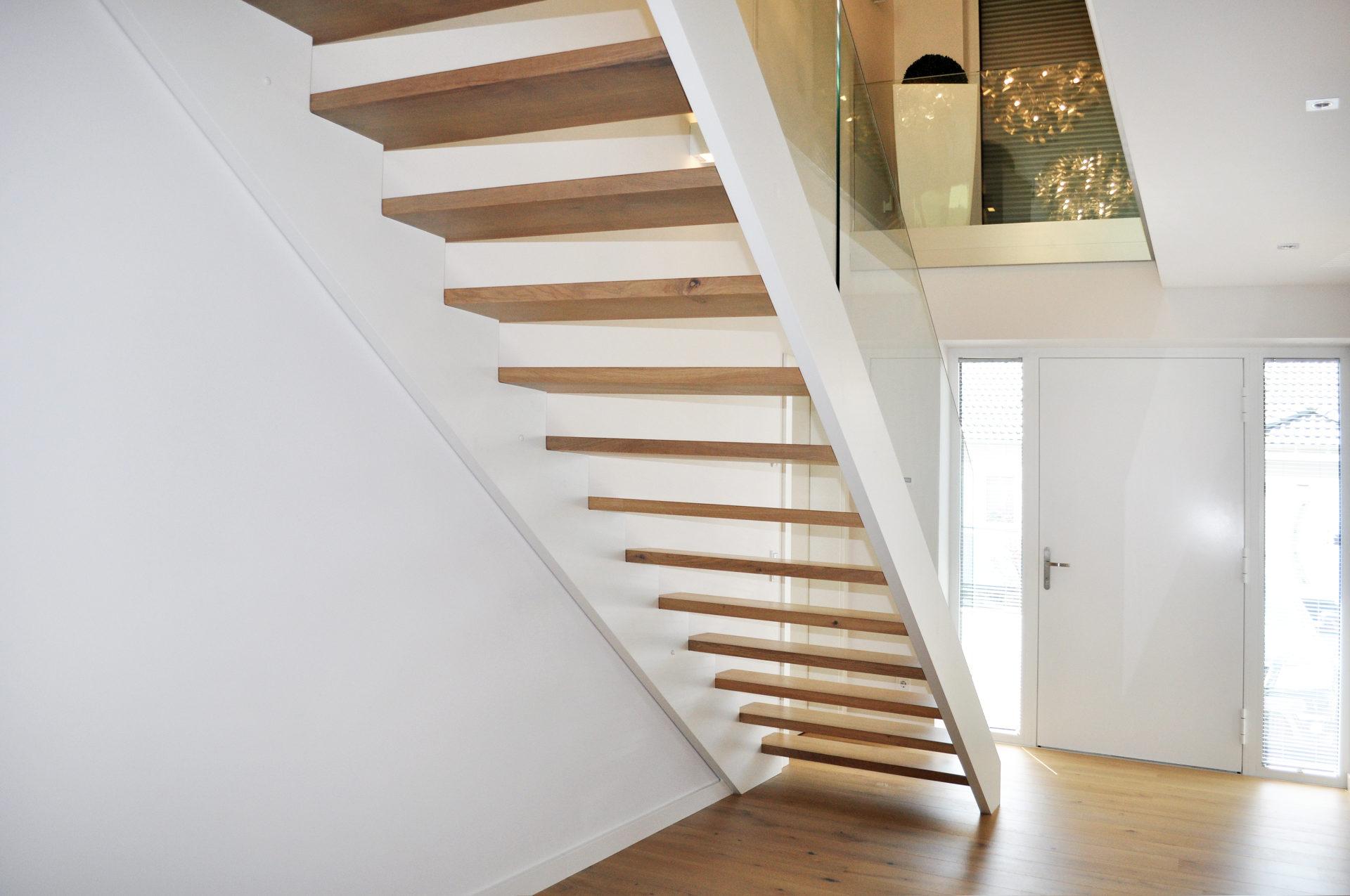 einlufig gebogen finest cheap auentreppe stahl verzinkt mit with handlauf auentreppe with. Black Bedroom Furniture Sets. Home Design Ideas