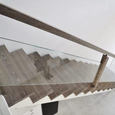 Holz Treppe Treppengelaender Treppenstufen Bolzentreppe Kaufen