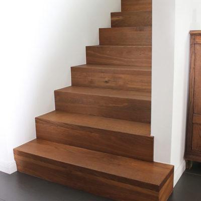 Massivholztreppe Betontreppe Treppe Auf Beton Gelaender Massiv Treppe