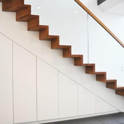 Treppenschrank Unterbautreppe Holztreppe