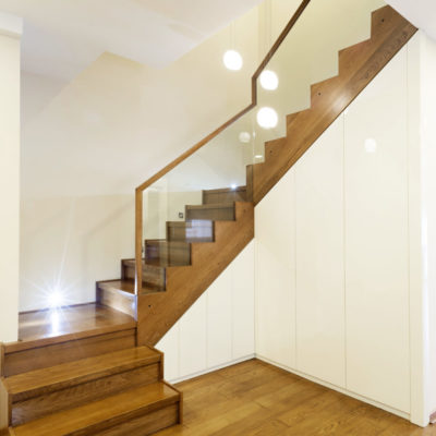 unterbautreppe-treppenschrank-faltwerktreppe-podesttreppe-holz-treppenbau